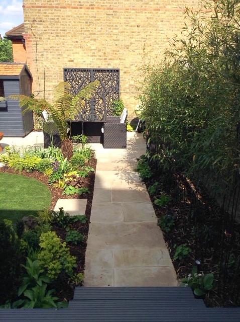 Midhurst garden path