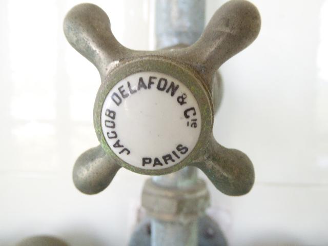 détail de la robinetterie