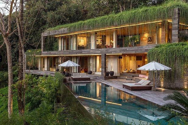 amazing-villa-pool.jpg