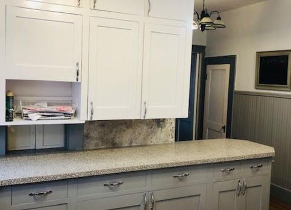 Kitchen 2 Renner (Medium).jpg