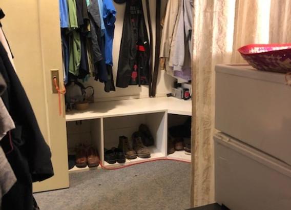 Master closet 1 Renner (Medium).JPG