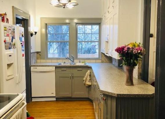 Kitchen1 Renner (Medium).jpg