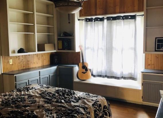 Master Bed Renner (Medium).jpg