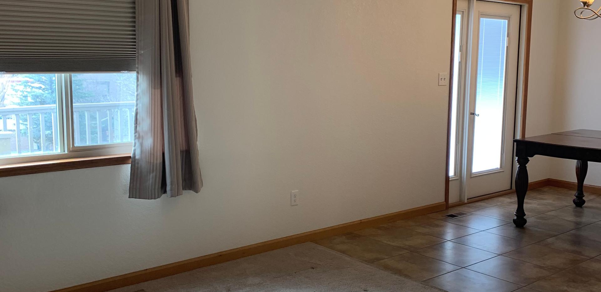 Living dining room.jpg