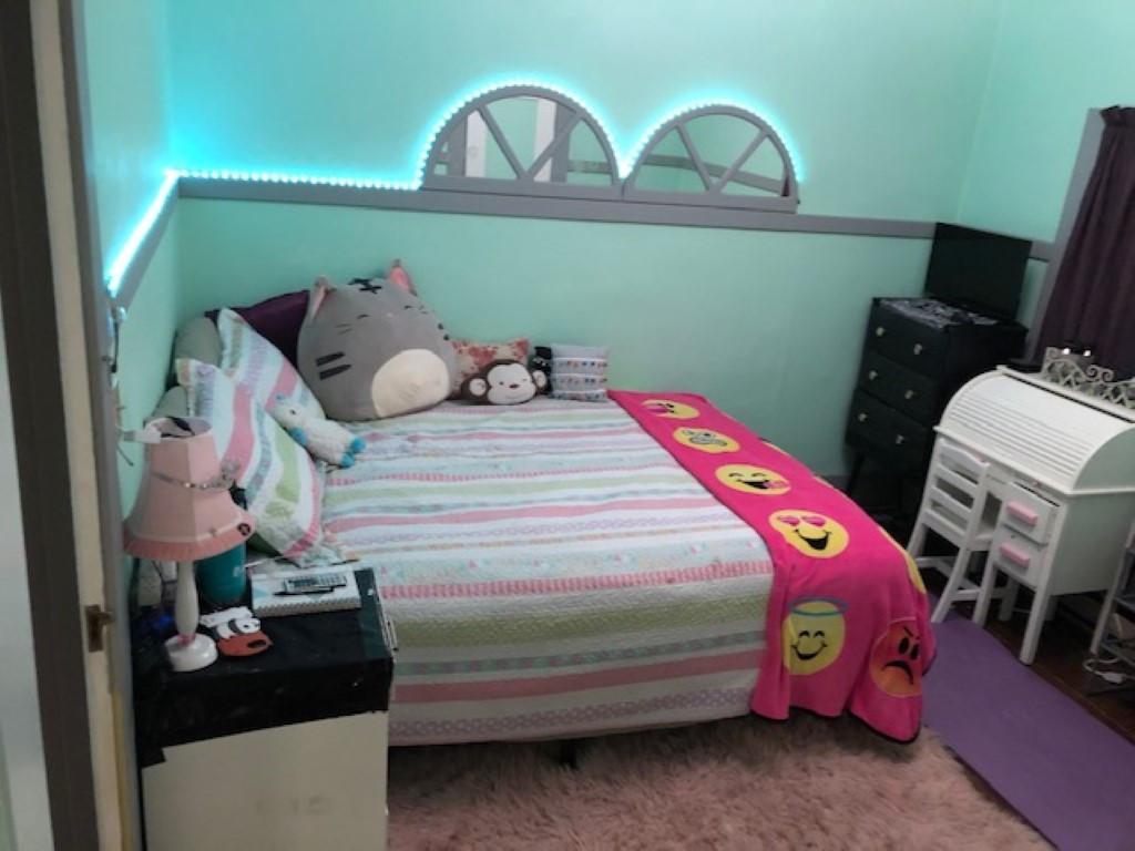 Bedroom 2 Renner (Medium).JPG
