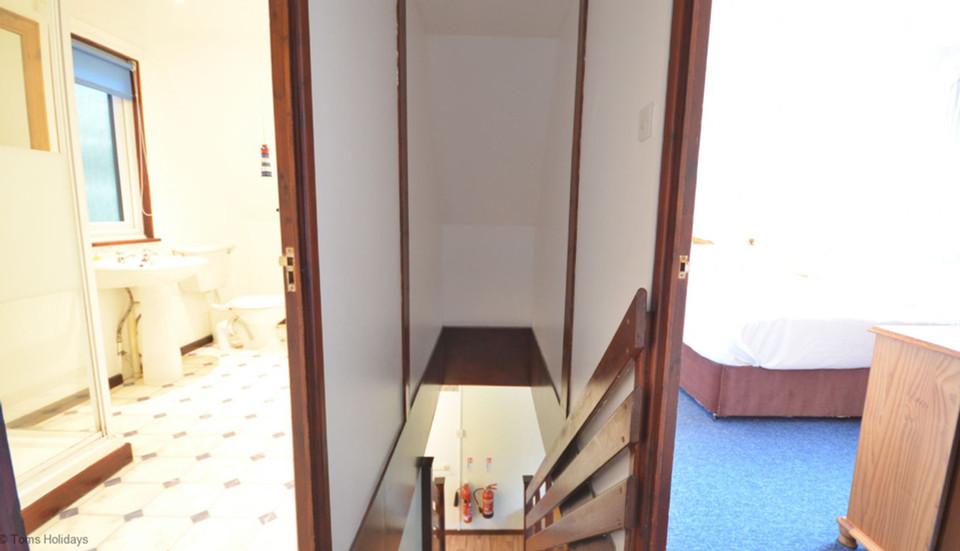 Kerrow Lodge - Shower Room and Double Bedroom