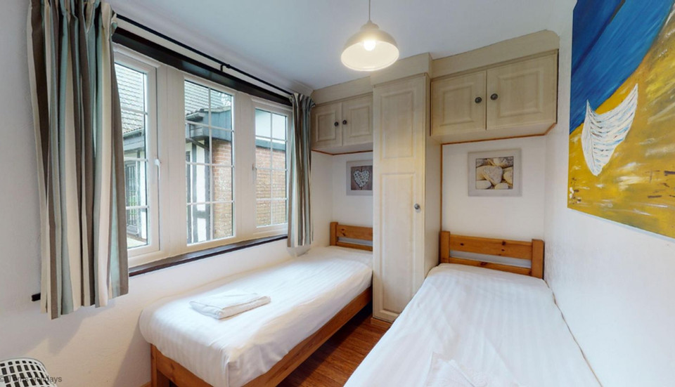 Treyarnon Lodge - Bedroom