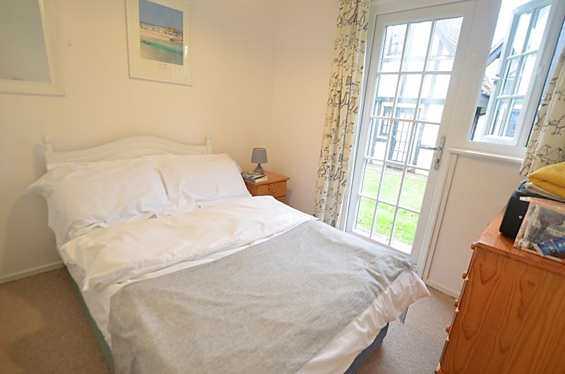 Rosevine Lodge - Double Bedroom