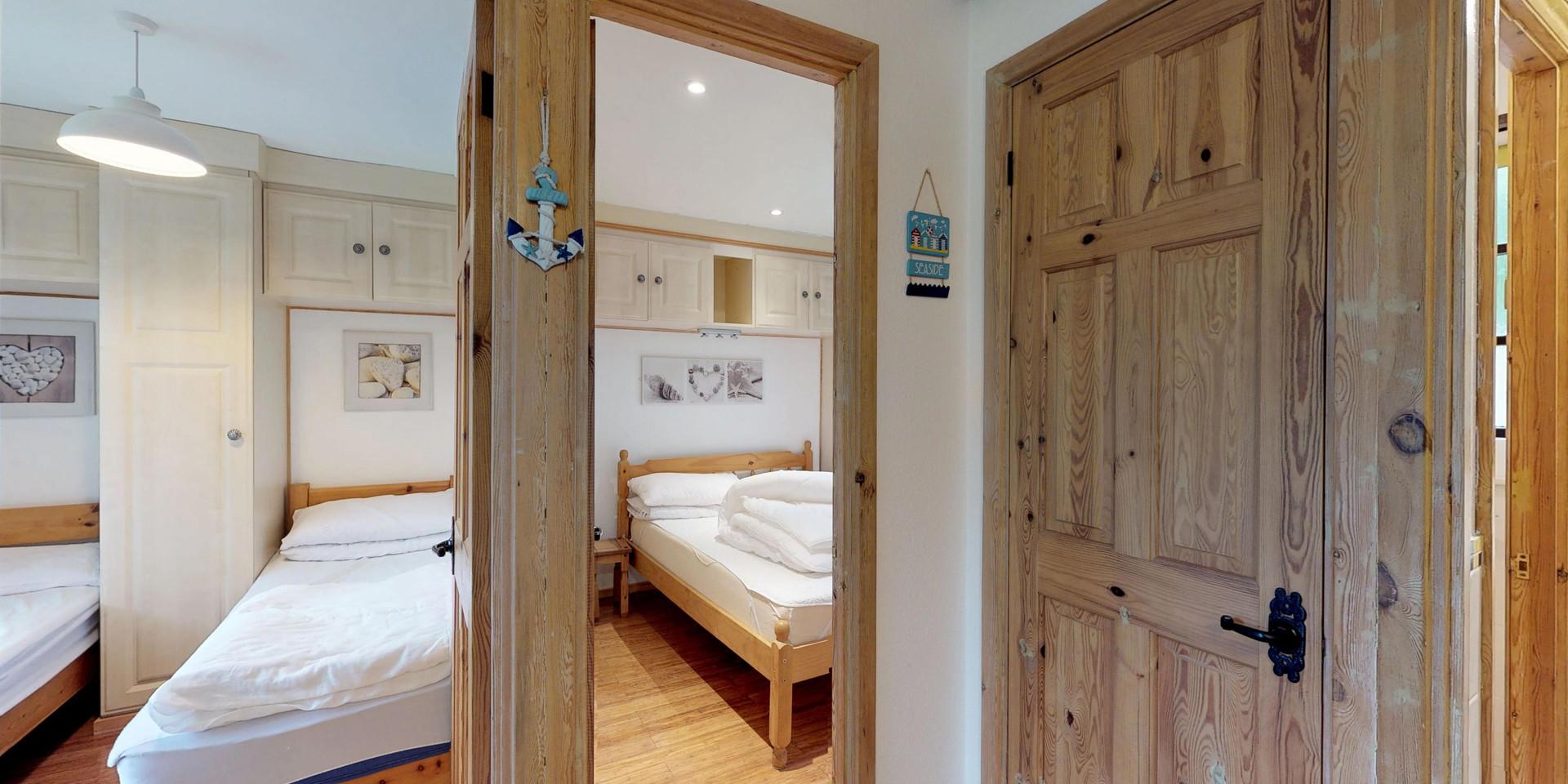 Treyarnon Lodge - Bedrooms