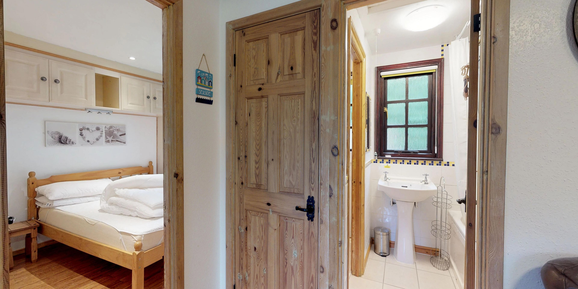 Treyarnon Lodge - Double Bedroom and Bathroom