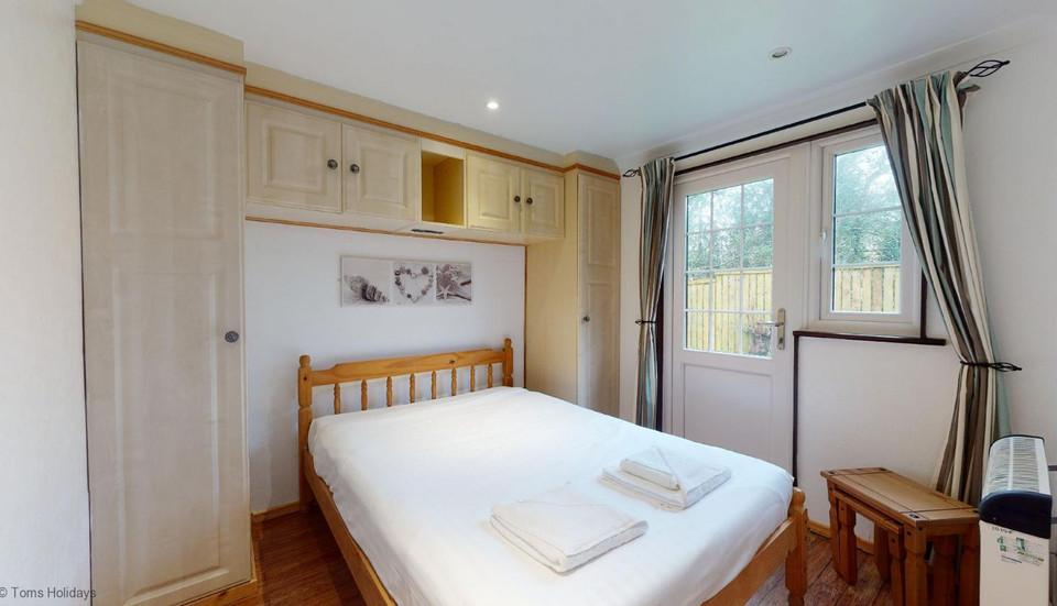 Treyarnon Lodge - Double Bedroom