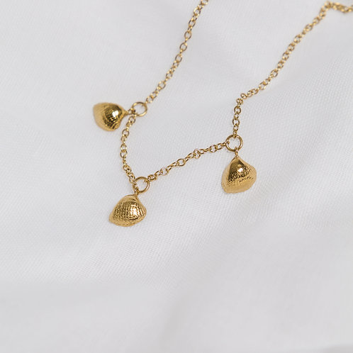 Gold 3 Shell Necklace