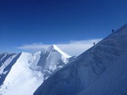 Just above the Bergschrund ~6300m