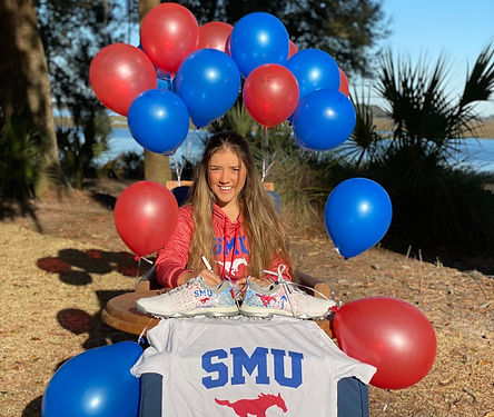 Ashley%20Chow%20signs%20NLI%20to%20SMU_e