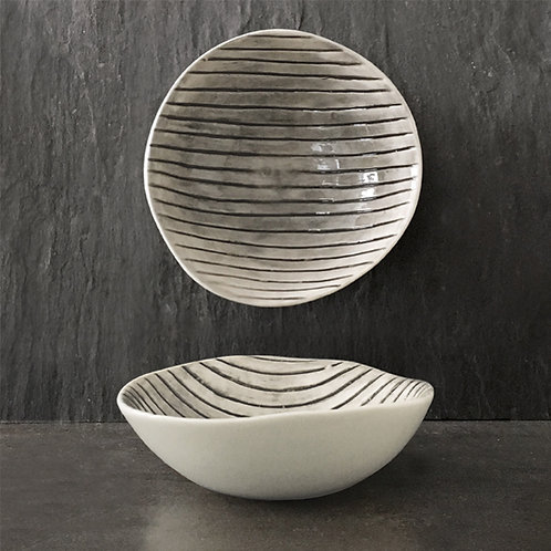 Med hand painted bowl-Scratched lines