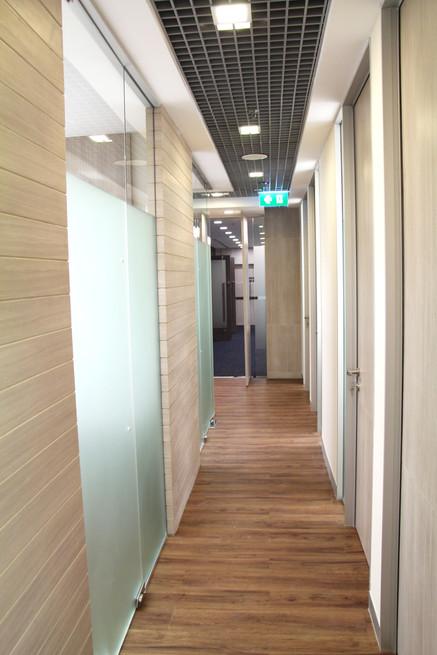 aws7-corridordetail.jpg