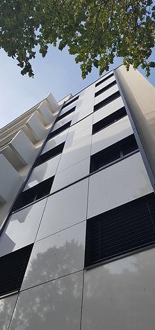Rénovation d'un immeublecollectif de 52 logements rue Piuxérécourt Paris