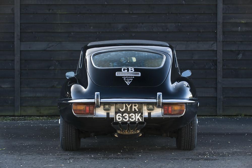 jaguar e-type v12 series 2 de color negro