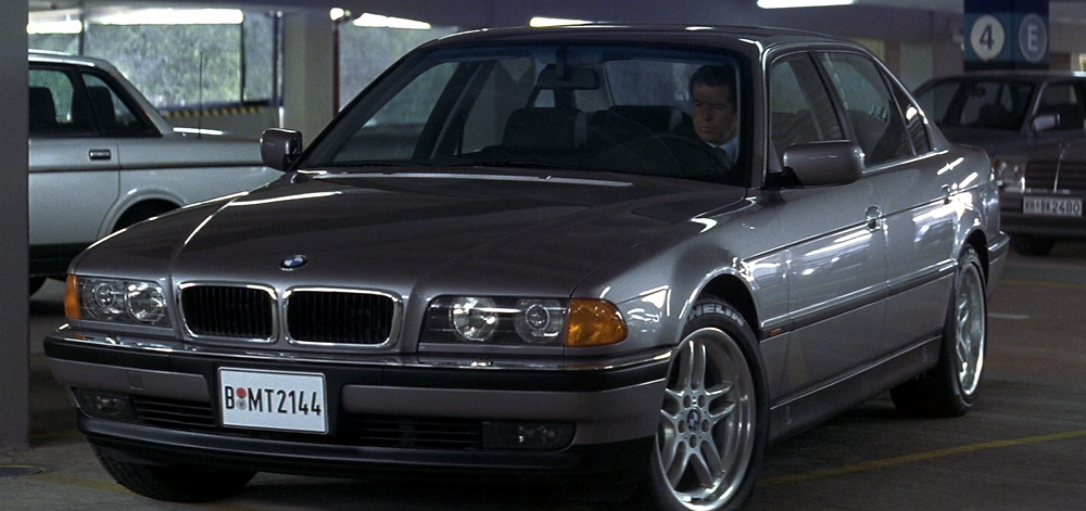 bmw_750il_james_bond_007