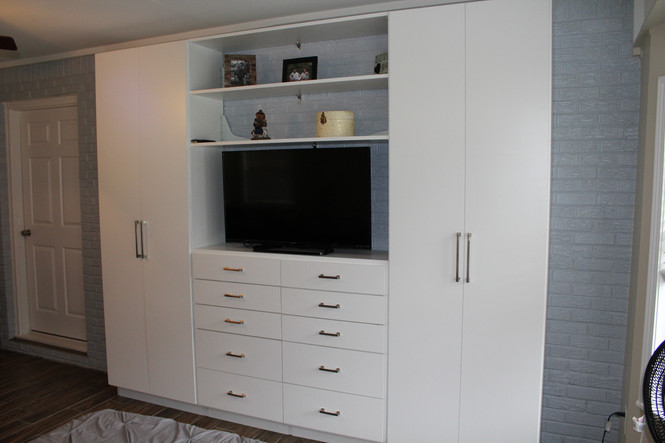 Custom Closet/Entertainment System Installed in Haleyville, AL