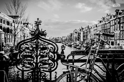 """Canal View"" Amsterdam, Holland (2014)"