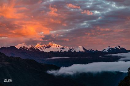 """""""El Pumacillo Sunrise"""" Area de Conservación Regional Choquequirao, Peru (2014)"""
