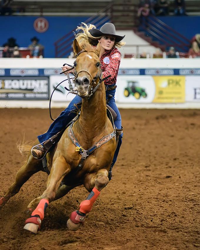 barrel racing WCRA Rodeo stop in Oklahoma