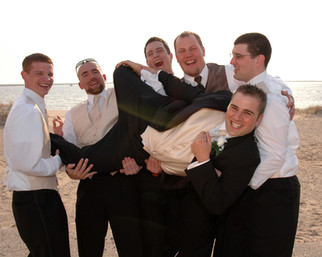 the last moment with the guys wedding pictures