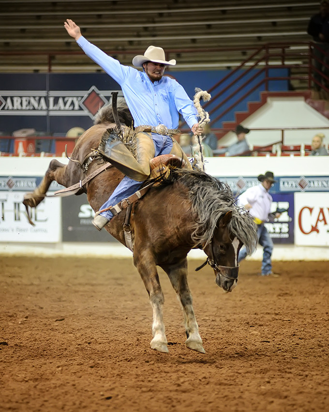 WCRA bucking bronc for 8 seconds