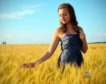 Girl on the farm,portrait photography
