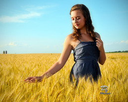 Girl on the farm,portrait photography