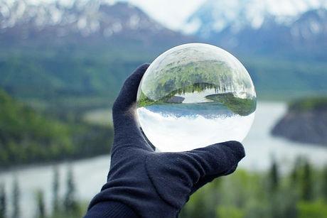 Nature%20Reflecting%20on%20Crystal%20Gla