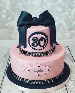#birthdaycake #cakedesign #lateliergourm