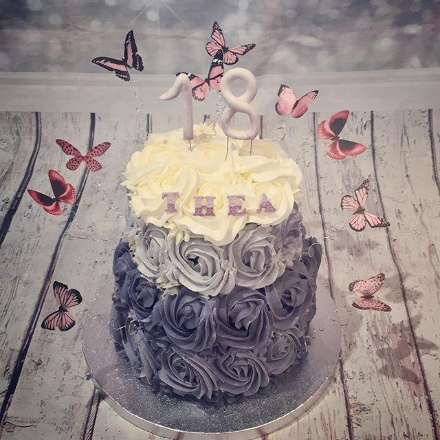 Rose cake pour les 18 ans de Thea, avec