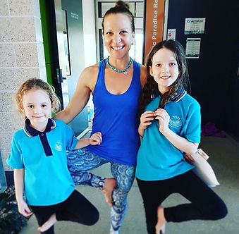 yoga kids school shi Vi.JPG