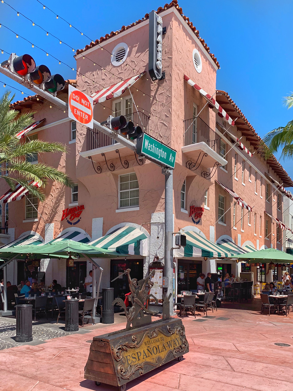 Street with restaurants and hotels in south beach miami beach fl