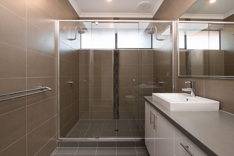 Dunnart Crescent Broome Bathroom BUILDER ENVISAGE BUILDING SOLUTIONS