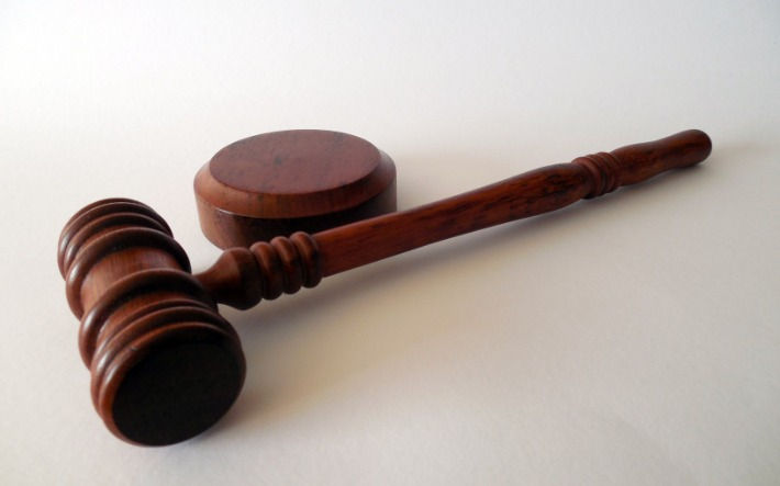 No evidence displayed regarding actual income, husband liable to pay maintenance