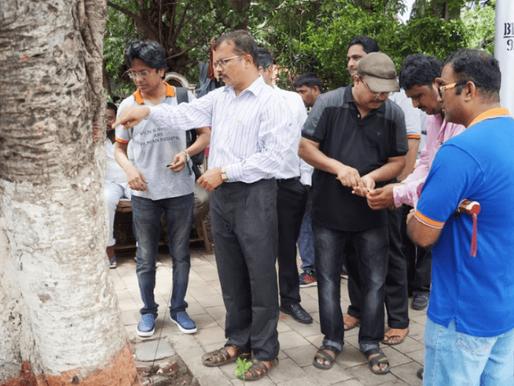 Praying for security from unscrupulous wives, Men in Mumbai perform Vatt Purnima pooja