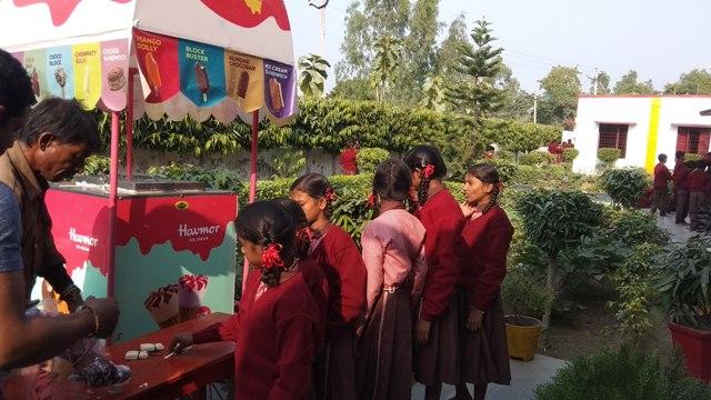 Children enjoying inecream