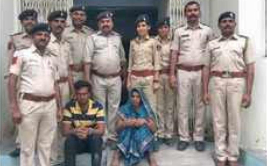 Gujarat woman slits teen daughter's throat with paramour's help
