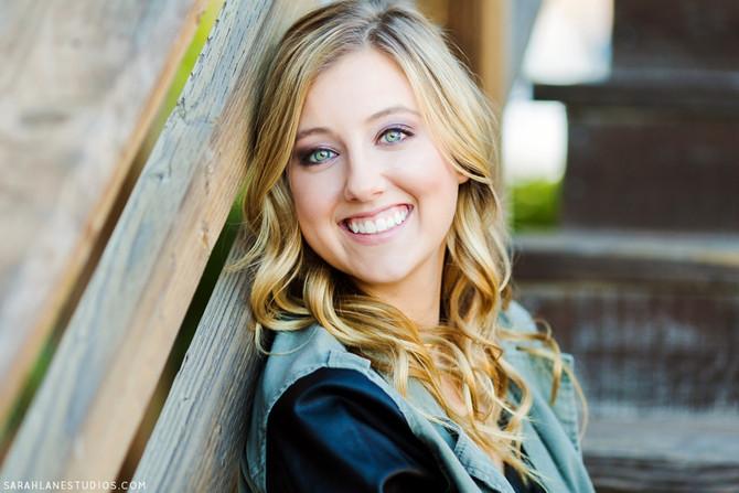 Lauren L. | Vintage High School | Napa Valley Portrait Photographer | Studio Twelve