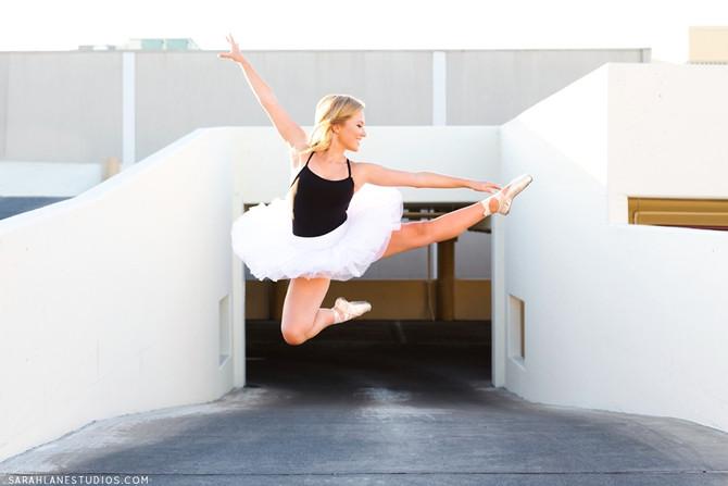 Isabelle L. | Justin Siena High School | Napa Valley Portrait Photography | Studio Twelve