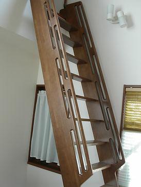 ロフト梯子.jpg