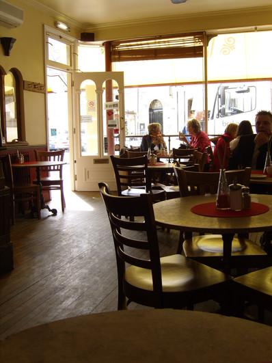 Cafe Retro Interior