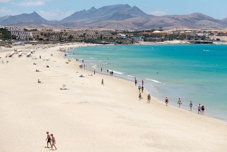 beach-676941_1280.jpg
