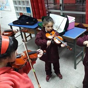Practicando  buena música