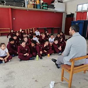 5to. Año: Nos visitó Leandro Lacuesta de la Murga LA VENGANZA DE LOS UTILEROS