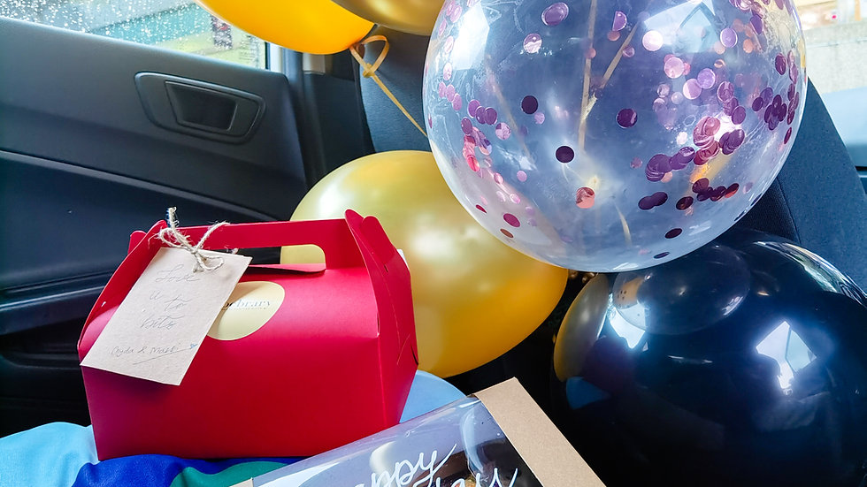 Floating Balloons 七彩气球