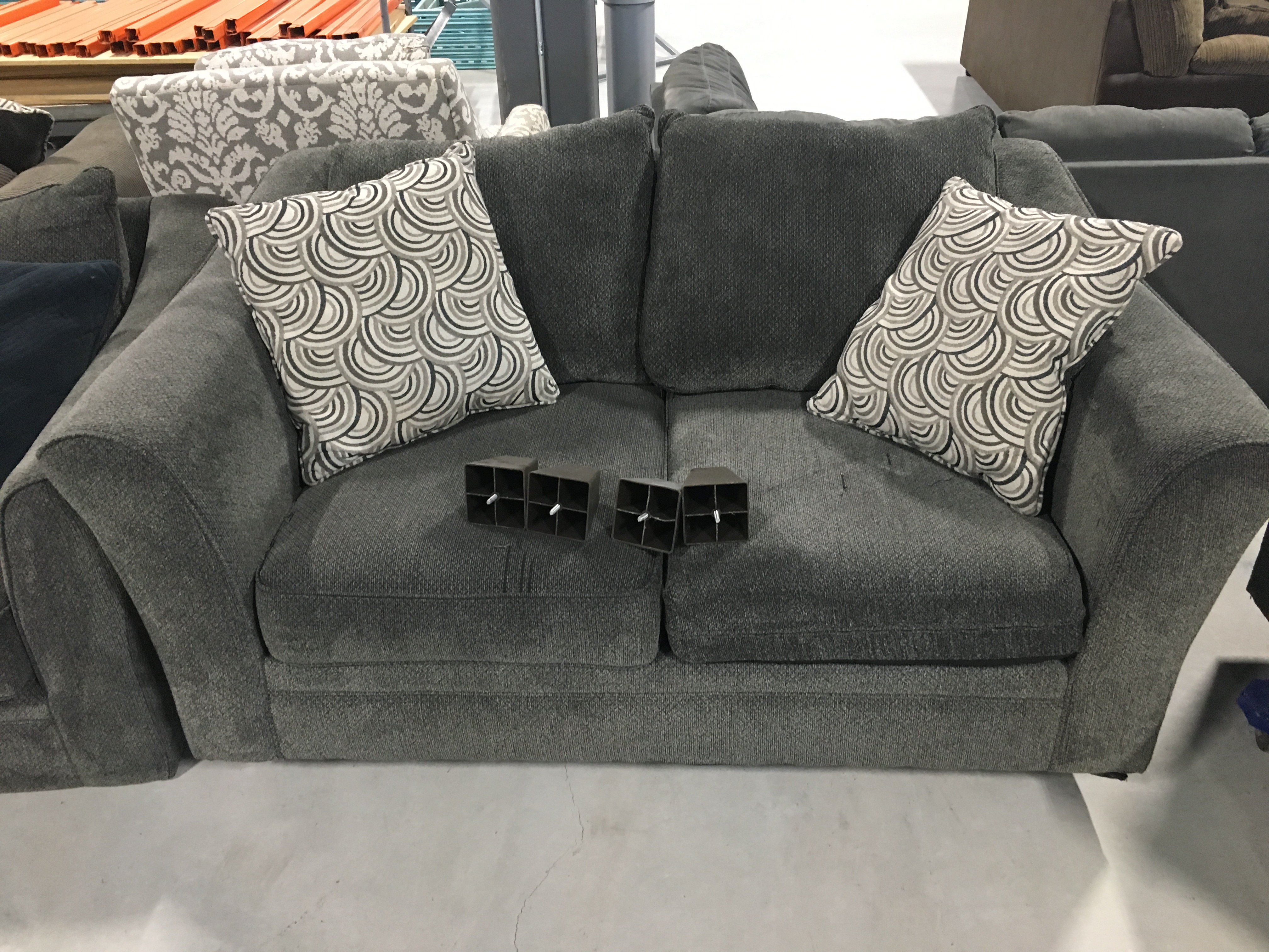 Furniture Returns Online Auc